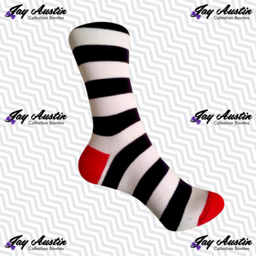 Large White Navy Stripe Red Tip